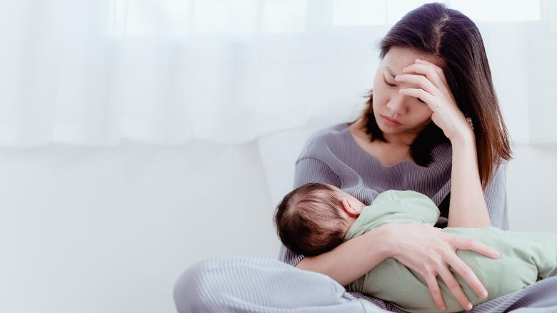 La dépression postnatale de la mère influence le brossage chez les enfants – étude